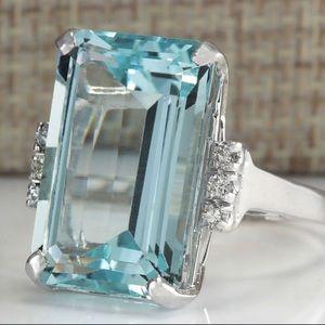 Jewelry - Gorgeous 16.42CT Aquamarine Silver Ring